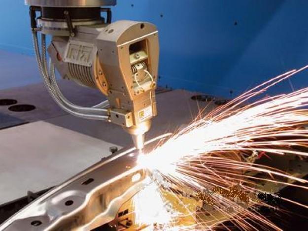 目前低速走丝电火花线切割机床和电火花成形机床的