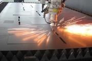 钣金加工中激光切割机与传统数控设备的对比
